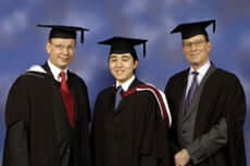 Minh Hien Nguyen (centre) with the Shenfield brothers