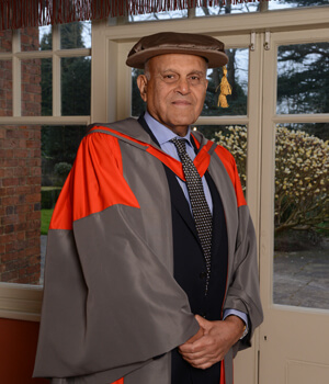 Sir Magdi Yacoub OM, FRS