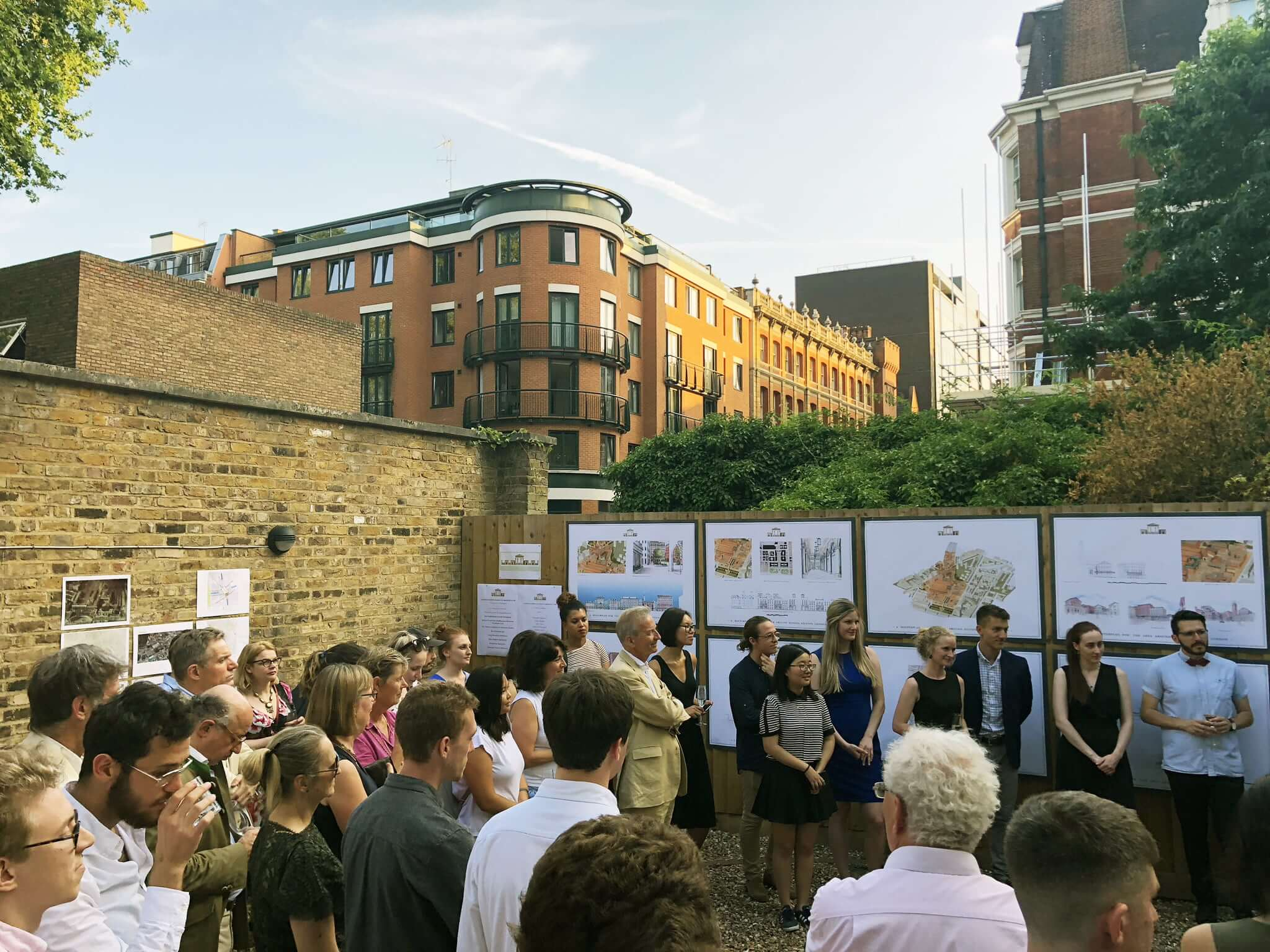 Exhibition and presentation of the scheme to the local community