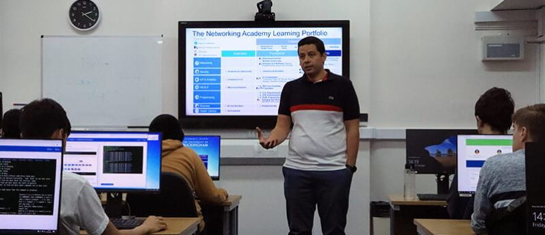 Dr Hisham Al-Assam introduced preliminary and first year students to CISCO