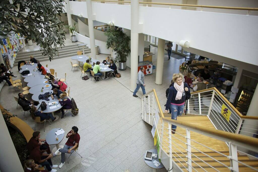 Witten/Herdecke University cafe area